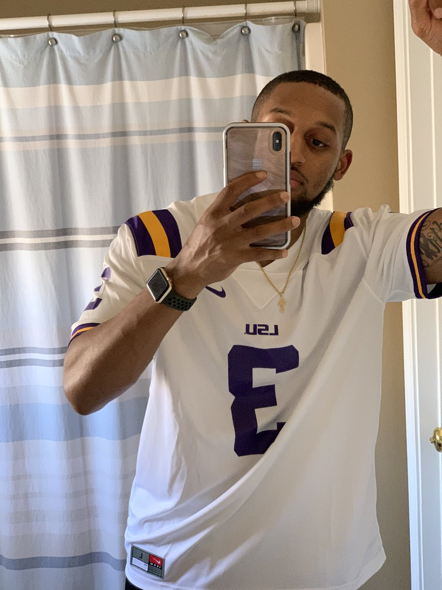 New Jersey came today  IZUP #GeauxTigers pic.twitter.com/hQBCv6ytLn