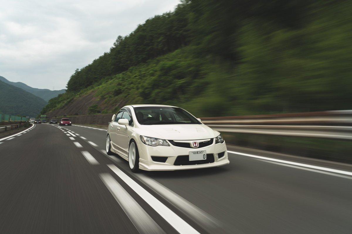 Cr. Owner : @karkun_13   #Honda #Civic #FD2 #TypeR #Mugen #Regamaster #Japan https://t.co/JMt3r7r9Am