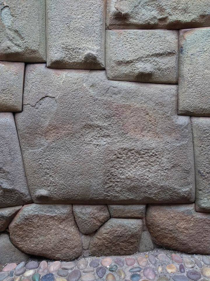 Wonderful!  The twelve-angled stone was part of a stone wall of an Inca palace, and now is currently part of a wall of the palace of the Archbishop of #Cusco. #DreamThenTravel  #Perupic.twitter.com/VUjr91fB2I