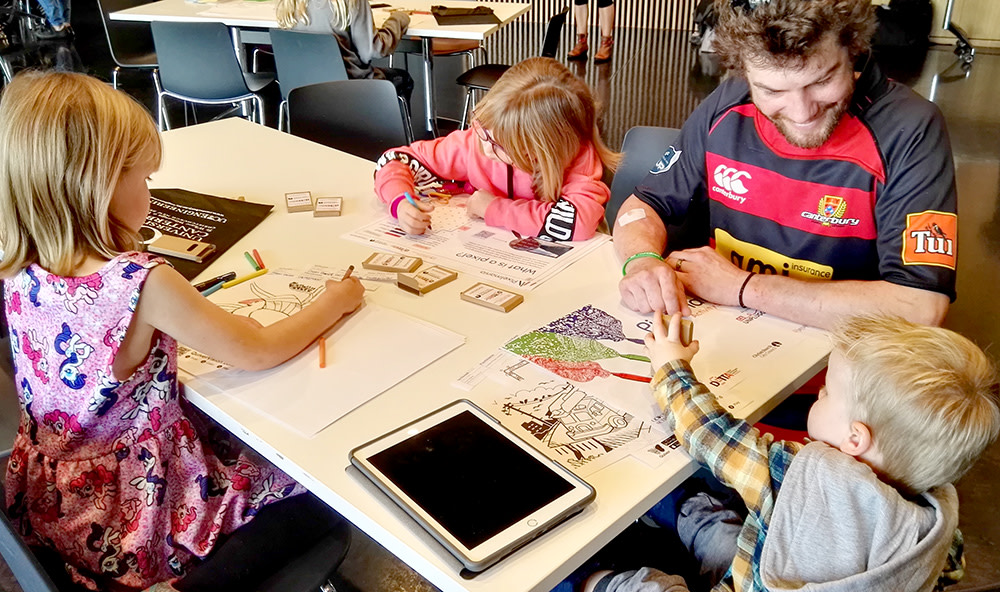 As part of the recent Techweek, the University of Canterbury held a Pixelmania event to inform primary school-aged children and their familes of computer science concepts in a fun and engaging way. Read more about it here. https://www.canterbury.ac.nz/news/2020/uc-students-help-kids-learn-about-digital-world.html…pic.twitter.com/iorZVd8JUd