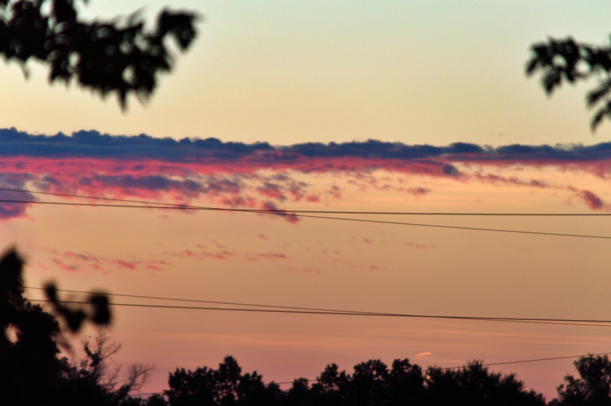 #Sunset #sunsetphotography Tonight around Panhandle 8:50pm 8/9/2020 pic.twitter.com/yjbqSCNMYC