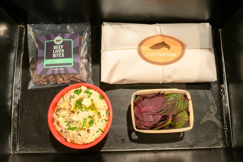 What do you think the chefs will make with tonight's entree basket? #Chopped
