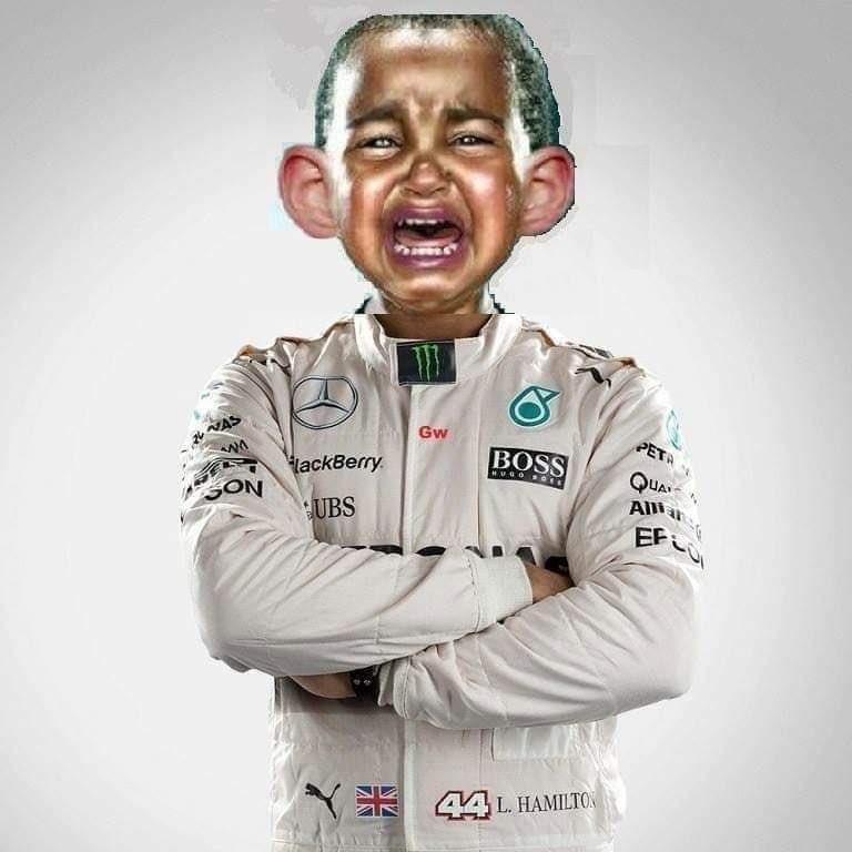 Something about tirepressure   #f1 #Formule1 #Hamilton #Verstappen #GPSilverstone https://t.co/G1R2fu9pNL