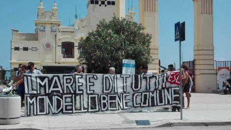 """No alla privatizzazione di Mondello, blitz dell'associazione Esc, """"E' un bene di tutti"""" - https://t.co/3e1TkG3cfE #blogsicilianotizie"""
