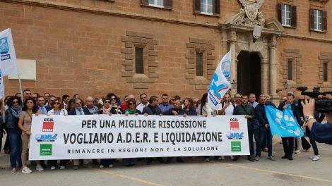 Ancora incerto il futuro di 700 lavoratori Riscossione Sicilia, la vertenza sbarca all'Ars - https://t.co/IllQyv59JW #blogsicilianotizie