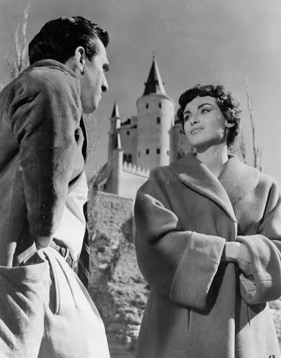 """Pierre Cormary on Twitter: """"Un film qui n'en finit pas de commencer, qui brouille les pistes, qui nous fait voyager dans le monde entier comme dans un James Bond. Une odyssée de"""