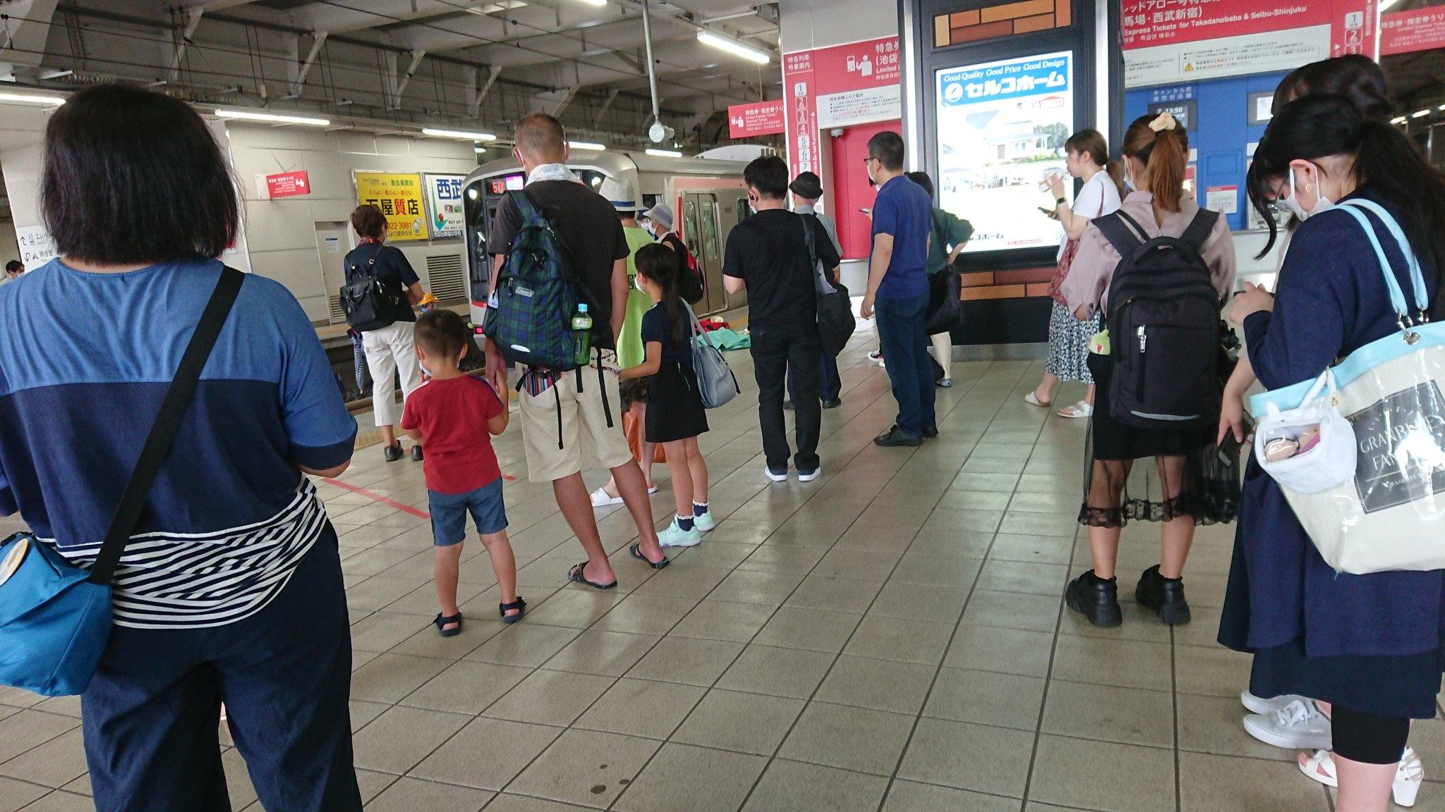 西武池袋線の所沢駅の人身事故現場の画像