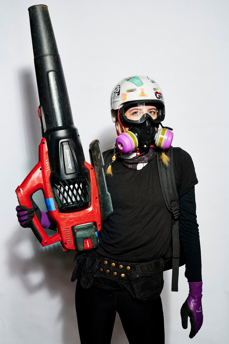 As Portland experiences more than 70 days of violent protests, riots, arson attacks, soaring homicides & shootings, @washingtonpost actually published a glowing photo essay on #antifa riot fashion. What is wrong w/reporter @Marissa_Jae & the editors there? archive.is/x4WAB