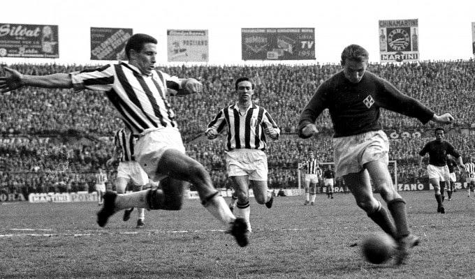 O que não impediu que veteranos tivessem papel crucial na temporada 1965-66. O sueco Kurt Hamrin, na #Viola desde 1957 e presente na final da Copa de 58 contra o #Brasil, liderou o time na campanha da #CoppaItalia com quatro gols marcados. https://t.co/Vj8u217LiG