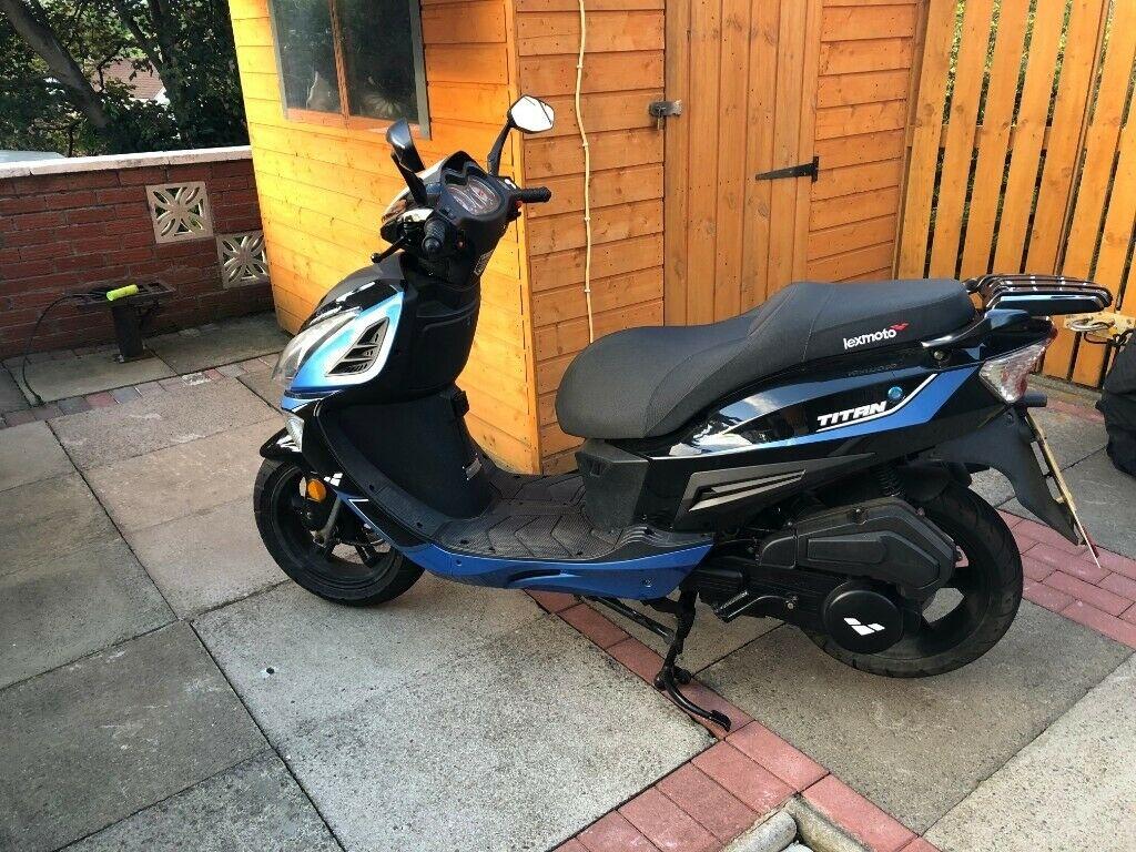 Scooter 50/125 απο 1450 € http://www.euromotors.gr τηλ. 2109010358  #travelphotography #moto #motolife #builtnotbought #CanAm #ChangJiang #Auteco #Cezeta #IMZUral #HarleyDavidson #minibikes #CZ #JawaCZ #automoto #Elf #Motobecane #Hercules #Kreidler #Maico #Munch #NSU #Opel #MEBEApic.twitter.com/jOlVqTvMcr