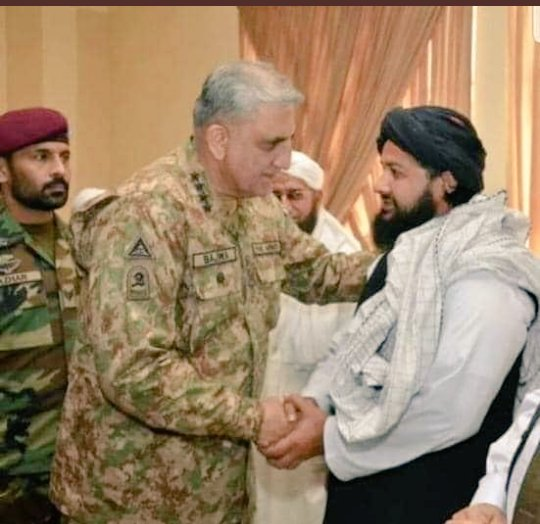 ISI assets (Taliban). In Day = Soldiers with uniforms. At Night = Soldiers (Taliban) without uniforms. These are the Pakistan armys strategic assets who are being used against #India #Afghanistan #Balochistan and #USA.