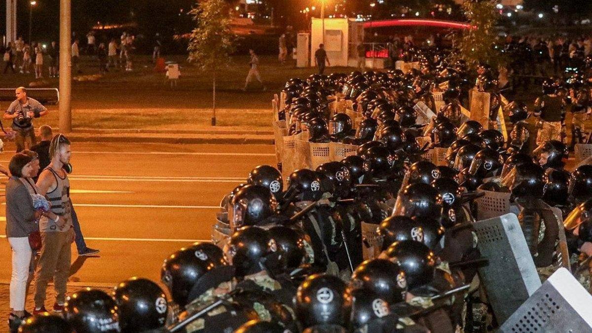 白俄總統盧卡申科高票連任 首都爆發騷亂暴力 https://t.co/ASI1Kl5ber https://t.co/yHaoUMb8Wq