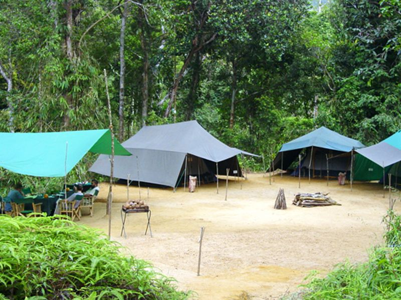 Camping Tour Of Sri Lanka # https://buff.ly/3iomsiW  Country: Sri Lanka Duration:5 Day(s) - 4 Night(s) Forget any ideas about cramped tents and sitting on the ground for meals – this is camping in style! #srilankatourism #srilankatravel #srilankatour #srilankatrippic.twitter.com/XQi812glyS