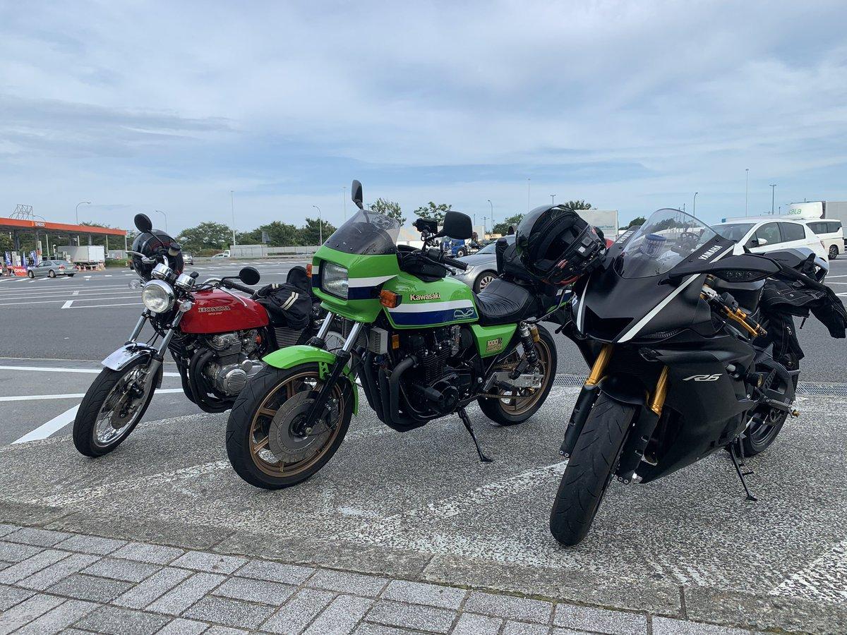 久しぶりの伊豆高原は暑さカオスでしたー スペシャルゲストも参戦していただきむして、面白い事になりそうですpic.twitter.com/A9TWbcRUiT
