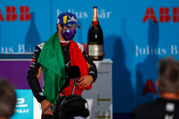 #ABBFormulaE #SeasonSixFinale | #BerlinEPrix – Antonio Félix Da Costa: carisma de Campeón https://t.co/foWT1lT9KM https://t.co/tdkL6zRhki