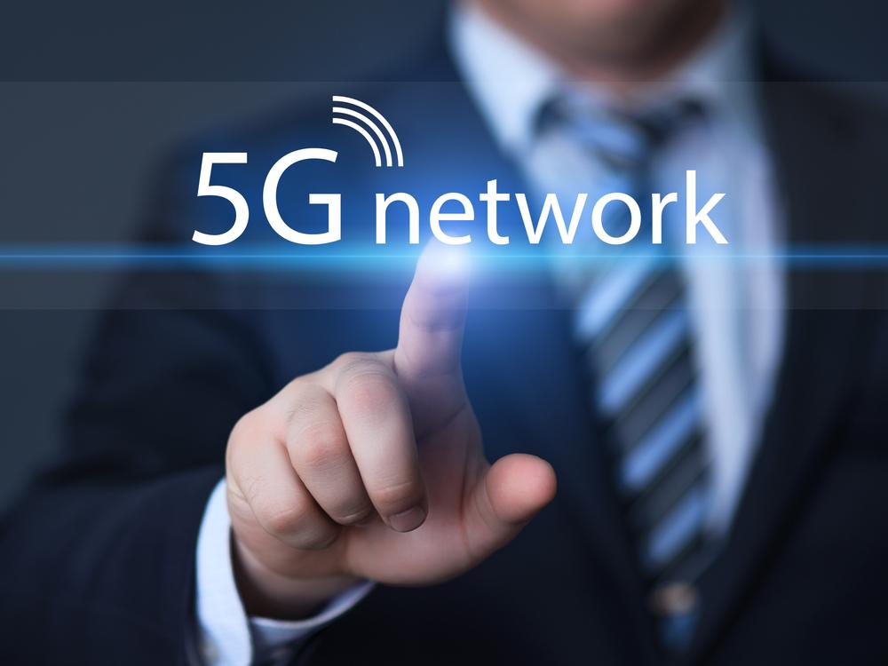 👉🏼Desarrollaremos 8 casos de uso con 5G en Madrid para industria, turismo, educación, salud, drones y producción televisiva   ℹ️ https://t.co/sUQJaJWazt #EspañaDigital2025 https://t.co/yMs8yLtG4v
