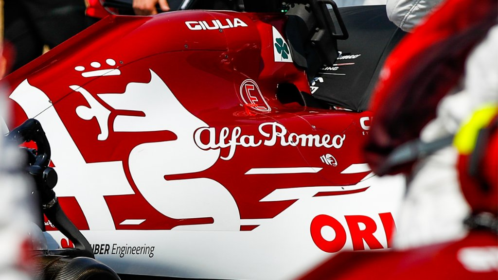 Tough last race in Silverstone, but our journey doesn't end here 💪  #F170 #BritishGP 🇬🇧@AlfaRomeoRacing https://t.co/7DLkmAx5BI