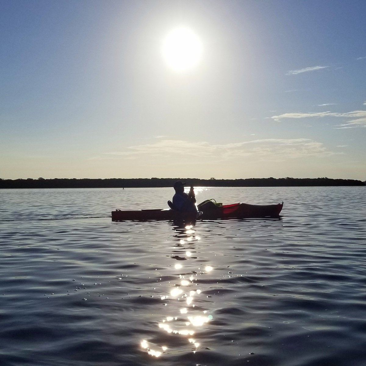 Some days are so beautiful, you just have to stop and #capturethemoment. #sunrise #IslandKayakTourspic.twitter.com/lpZVIQE8a3