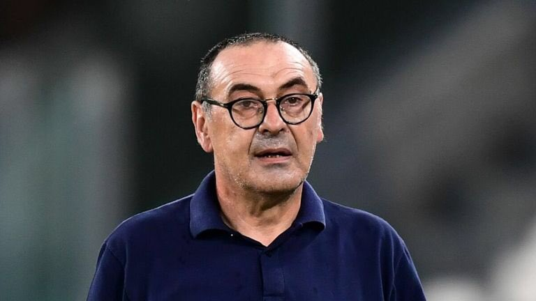 Maurizio Sarri is being linked to Roma and could take over the Italian giants before the next season begins.   #Sarri #Roma #SerieApic.twitter.com/rDKRIWbdjt