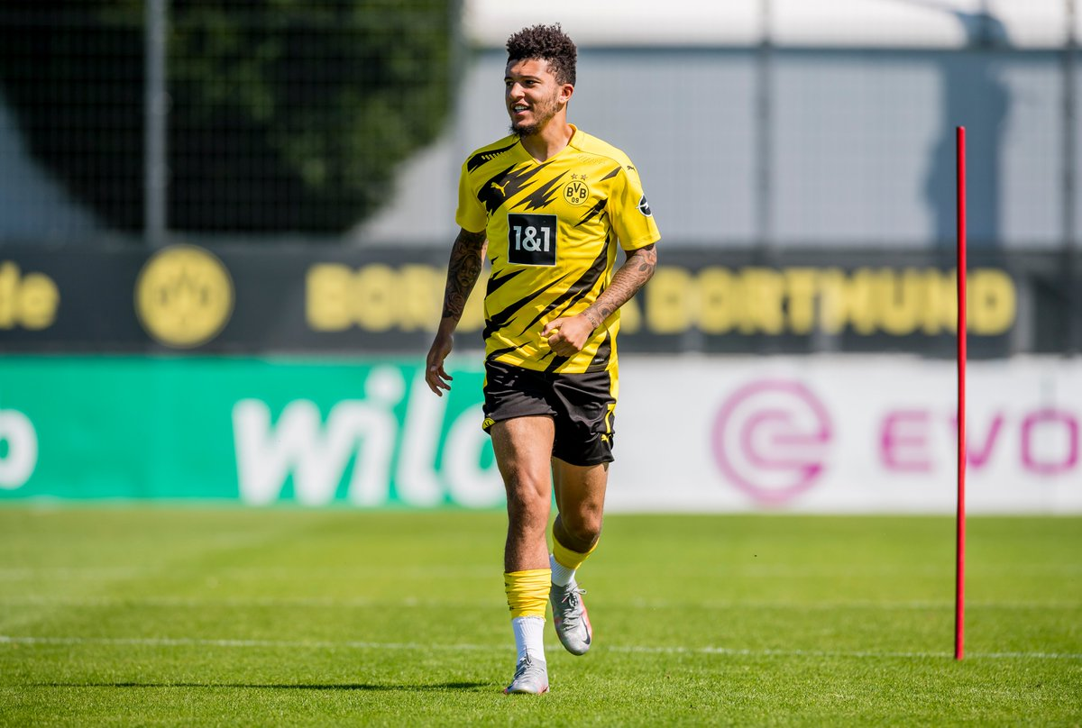 """🎙️ Michael Zorc presser:  """"We plan on having Jadon Sancho in our team this season, the decision is final. I think that answers all our questions."""" https://t.co/Dy6PwEK3io"""