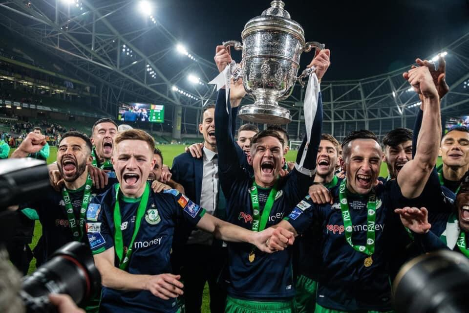 🏆   The draw for the FAI Cup Second Round takes place on Wednesday 12th August at 12pm.  The draw will be streamed live on the FAI Facebook page.   👉 https://t.co/EI01knOJEr