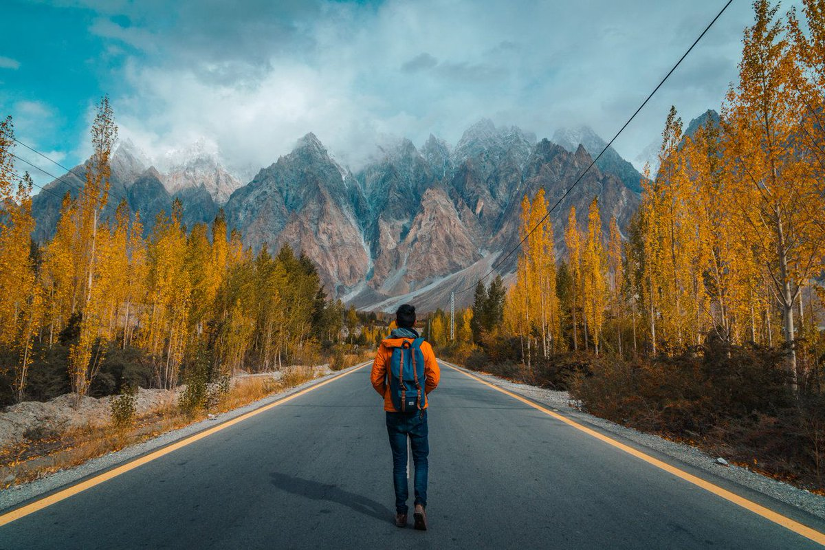 #Pakistan is endowed with a rich and varied flora and fauna. High Himalayas, #Karakoram and the Hindukush ranges   #PakistanOpensTourism https://t.co/PFgOGITvix