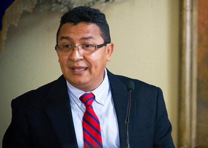 #AméricaNoticias #Honduras Carlos Hernández dice ya habían advertido que no era adecuada la temperatura para mantener las pruebas en buen estado http://radioamerica.hn/?p=633274pic.twitter.com/uFZi3ppFmb