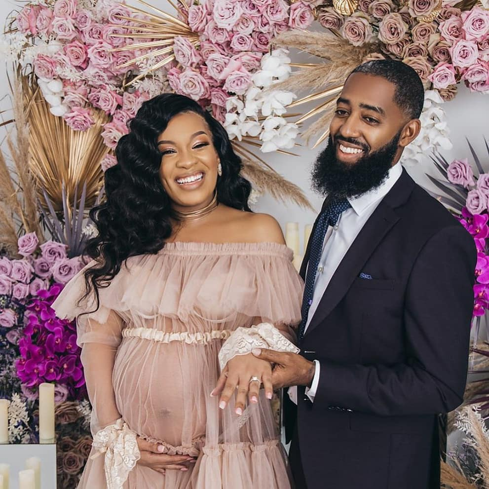 Mommy Glow  and BOOM, this happens . Maternity photoshoot turn surprise proposal. #SheSaidYes .    Follow us More on IG  #SHESAIDYES #engaged #proposal #maternity #BABYBUMP #BlackLove #photoshootpic.twitter.com/Qojq3hdVSX