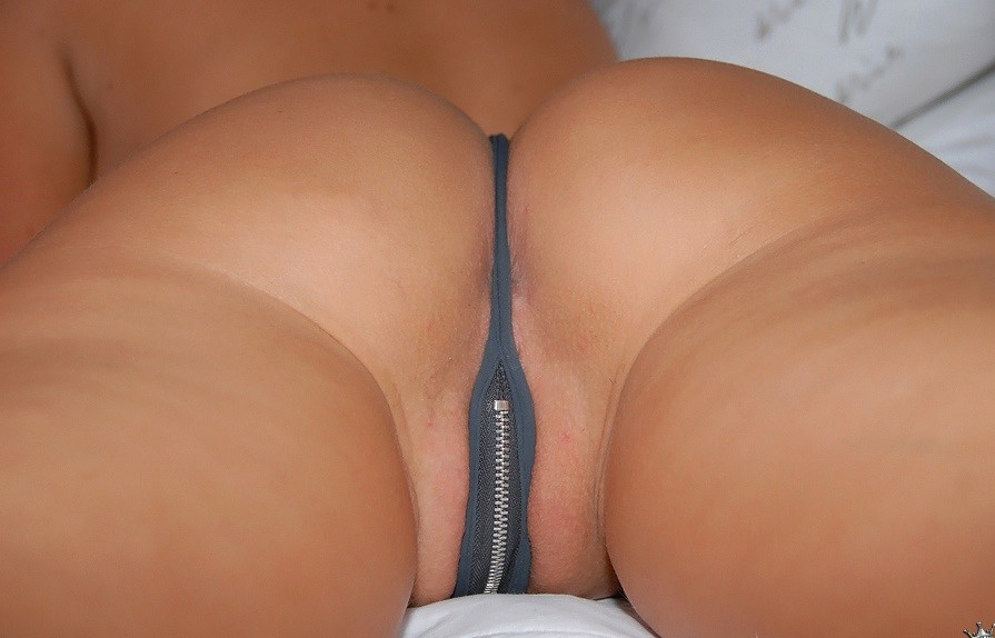 G String Porn Photos