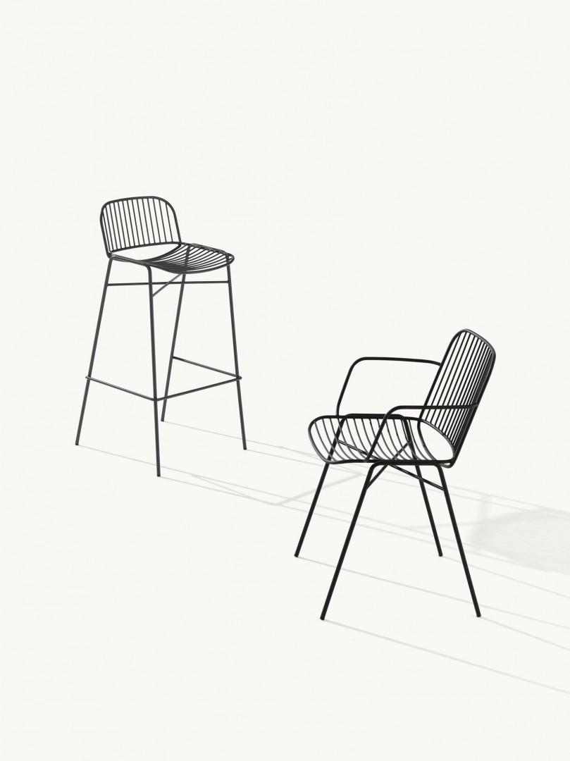 Interestingly, Shade was created using the welded steel wire technique that gives the entire project a clean and minimal silhouette. Read more below.  https://t.co/EVGPUnNunZ