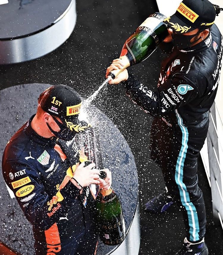 Goodnight Fans! 🍾  #MaxVerstappen #F1 #BritishGP #MightyMax https://t.co/Ote6m2W6T6