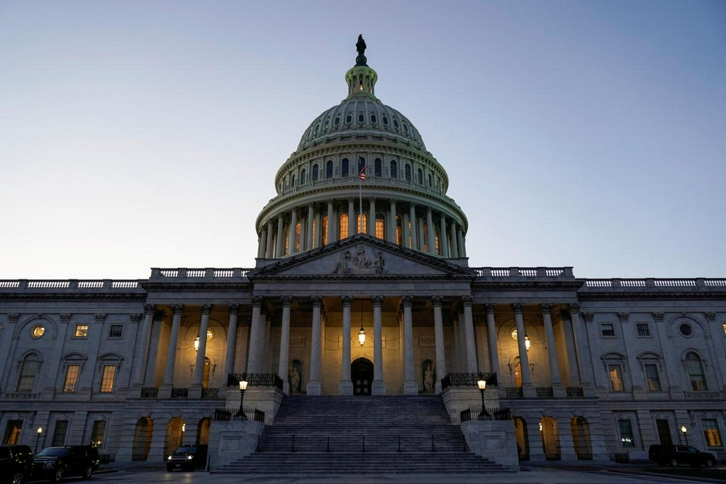 U.S. coronavirus aid talks stalled, as parties trade jibes https://t.co/cuNsxW6ctA https://t.co/8QioVo5yE9