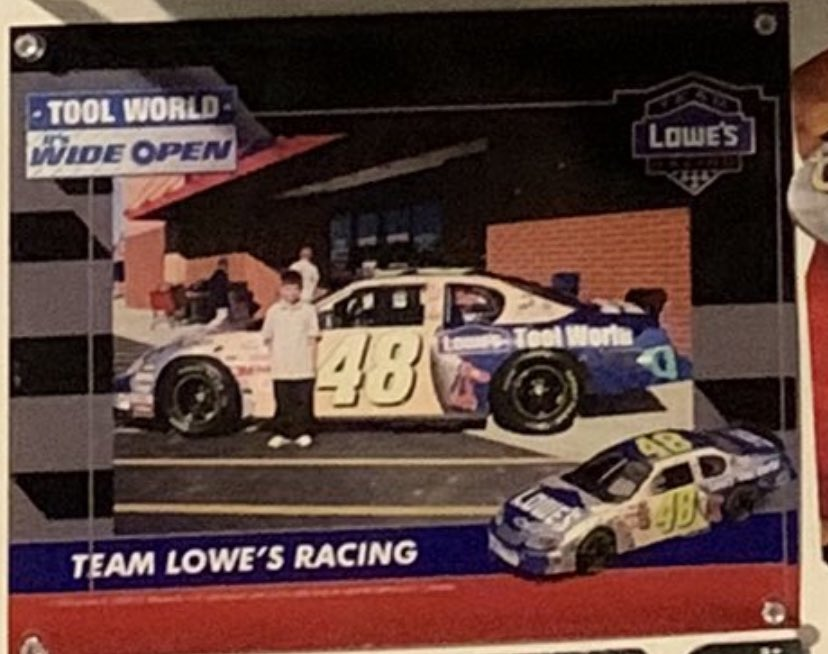 This is when my love for @NASCAR fully started back in 2004. My grandma took me to see @JimmieJohnson car at her local Lowes and the rest is history. Sadly took until 2010 to get to my first race.pic.twitter.com/OfpeVYV1ND