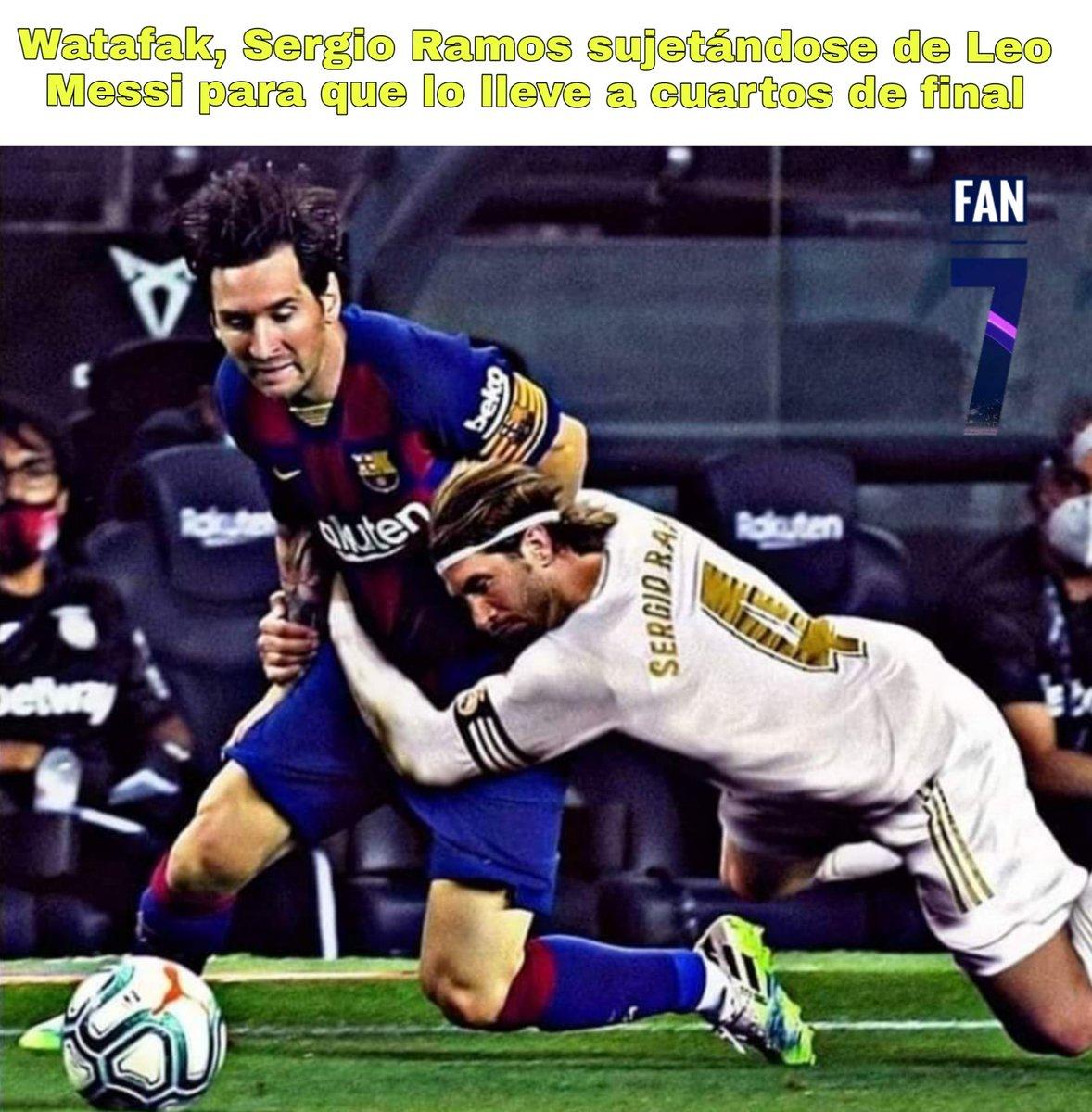 😳 WATAFAK RAMOS 😳  Se filtra una foto donde se ve a Sergio Ramos sujetándose con todas sus fuerzas de Leo Messi para que así el mejor jugador del mundo lo pueda llevar a cuartos de final.   Sigan para más memes  #RealMadrid #FCBarcelona #ChampionsLeague #LeoMessi #SergioRamos https://t.co/QIwb6kYgmM