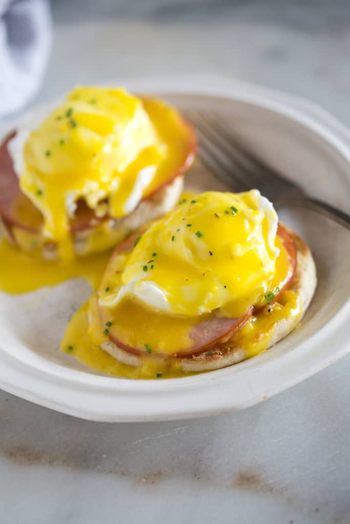 𝙀𝙫𝙚𝙧 𝙏𝙧𝙞𝙚𝙙 𝙀𝙜𝙜𝙨 𝘽𝙚𝙣𝙚𝙙𝙞𝙘𝙩?  Now you can on our Breakfast menu.   Available from 9am.   #Bury #Breakfast #Eggs #EggsBenedict #FryUp #Breakkiepic.twitter.com/u5si3gbDxy