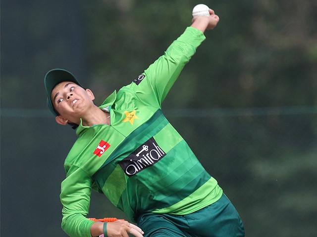 29 wickets in 20 ODIs 50 wickets in 51 T20Is  Happy birthday @AnamAmin46! https://t.co/iqbZNSeIZu