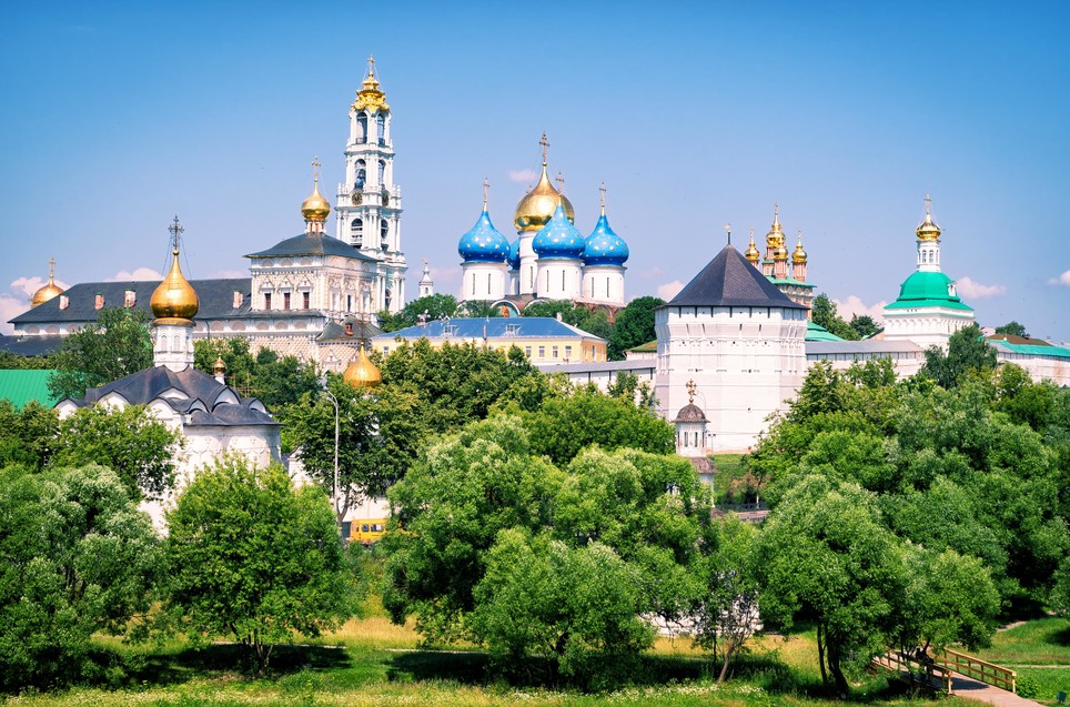 ⛪ The Trinity #Lavra of St.#Sergius - one of the world's most prominent monasteries - was founded #OTD in 1⃣3⃣3⃣7⃣ by the venerated Saint Sergius of Radonezh.   🙏 It is a spiritual centre of the ☦️ Russian #Orthodox Faith & a @UNESCO World Heritage Site. An absolute #MustSee! https://t.co/GCQspjQcrk