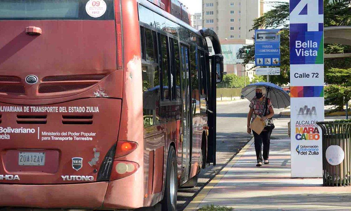 #ElDíaEnVzla | @laverdadweb | Transportistas en el Zulia corren el riesgo de morir de hambre - Enlace: https://t.co/dSCAoAuVdp https://t.co/pNTfOUMF99