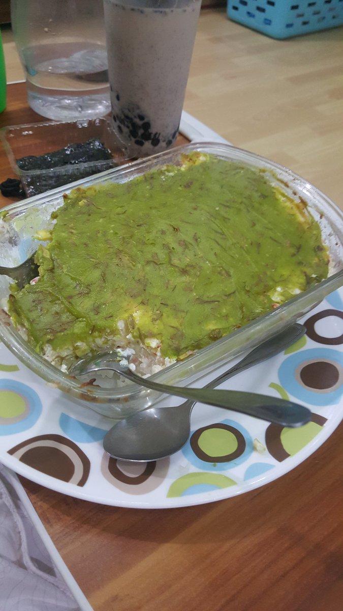 Ang panget tignan but Avocado baked sushi ito haha