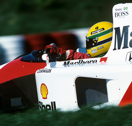 #OnThisDay in '91 Ayrton Senna won the #HungarianGP, from pole, in a Honda V12-powered McLaren MP4/6, his last #F1 world championship-winning car. Pic: superb study of Senna's in-cockpit technique, taken by Paul-Henri Cahier, one of the very finest photographers of the era. https://t.co/Q53ltXiijI