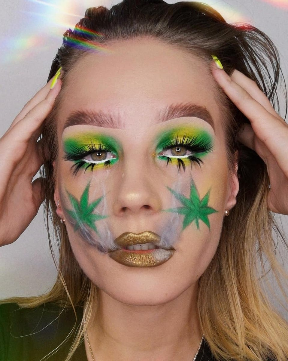 Haven't realized the color combo of Goldengreen can be so amazing! @makeupbydorothy 's new look with #ArisonLashes is a masterpiece~ #repost #makeupofinstagram #motd #eyelashes #fakelashes #falselashes #makeupartist #makeupinspiration #eyemakeuppic.twitter.com/8VnWUuqo24