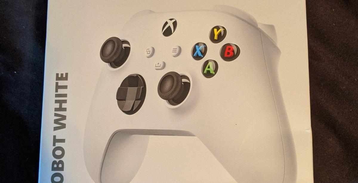 Jetzt gibt's auch ein Unboxing-Video zum Next-Gen-Xbox-Controller. https://www.eurogamer.de/articles/xbox-series-geleakte-controller-verpackung-bestaetigt-news… #XboxSeriesS #XboxSeriesXpic.twitter.com/h9Ve4kda4J
