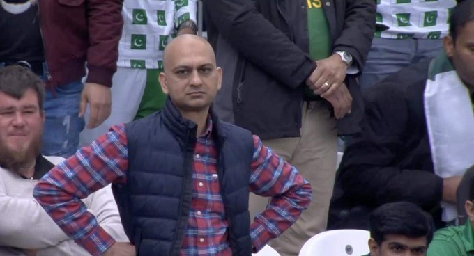 Russia announces world's first Covid-19 vaccine, from Russia #moscow - Gamaleya institue  #RussianVaccine Le #Carryminati's  reaction :-pic.twitter.com/tA61Q62wMF