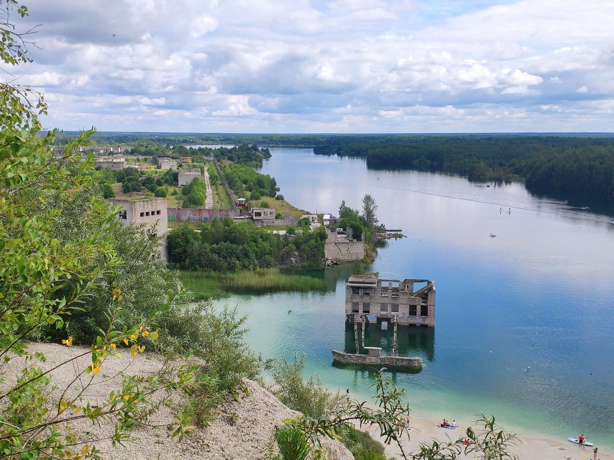 /u/jerrrica: A small hidden gem in Estonia, Rummu, with a flooded quarry on the right and a Soviet prison on the left #travel #traveling #travelphotography #travelphoto #photo #exploring #ilovetravel #ilovetotravel #travelbucketlist #travelblogpic.twitter.com/9xosPKZk25