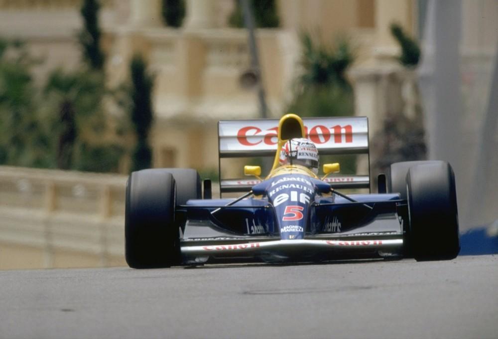 """Veja na seção Máquinas Eternas do F1 Memória a trajetória da Williams """"de outro planeta"""" que levou Nigel Mansell ao título de 1992 https://t.co/ZJMshI19eB https://t.co/yxKezA2sCS"""