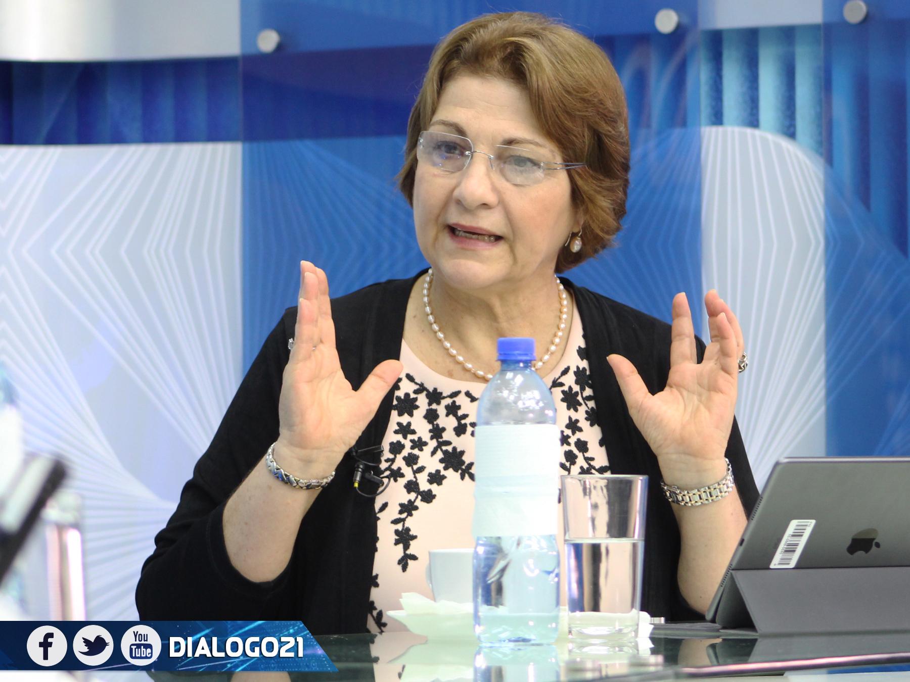 Ministerio de Educación evalúa retorno a clases presenciales