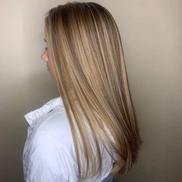 #Balayage: hard to pronounce, but easy to maintain! Balayage highlights look natural, grow out well & work for light & dark hair. Give the stylists at Mitchell James @MJSSTL a ring to schedule your appointment! 314.863.3448  #STL #314Together #Stylists #Balayage #Highlightspic.twitter.com/P3e7oEcRpz