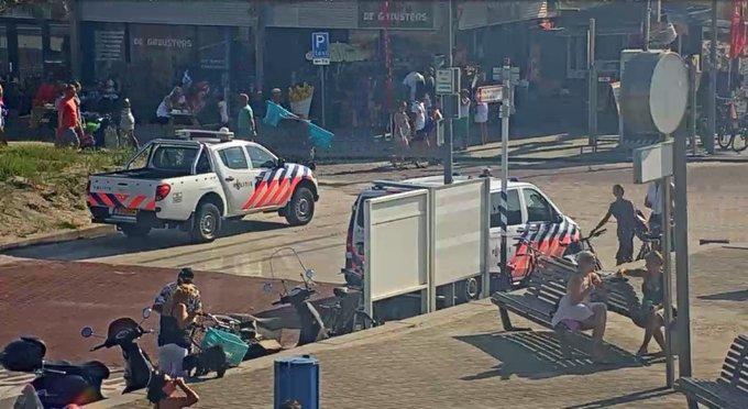 Medewerker Hoeks strandpaviljoen mishandeld https://t.co/5WMGQrAf87 https://t.co/V6Xek7jHJp