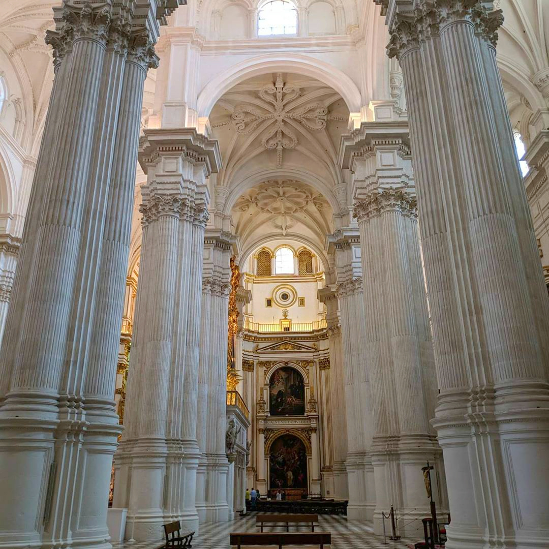 Interior of the Cathedral of Granada. #Granada #Andalucía #Andalusia #España #Spainpic.twitter.com/1vAk5NdOAj