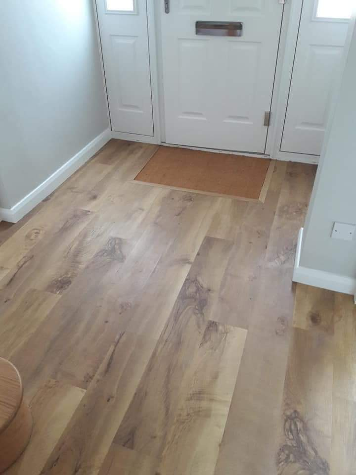 A hallway is your home's first chance to create an impression on its visitors. Choose well  Superb flooring, flawlessly fitted by our highly skilled team...  http://www.kenningtonflooring.co.uk  #Oxford #Oxfordshire #Flooring #Home #Interior #Design #InteriorDesign #ShopLocalOxfordpic.twitter.com/tI6SGiTpeH
